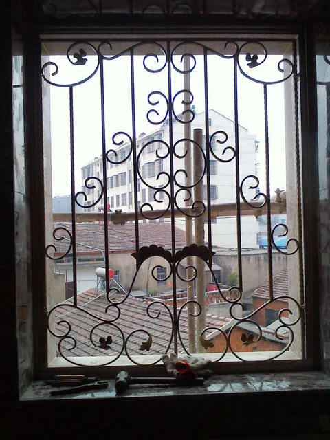 Wrought iron steel glass window metal glass window wrought for Iron window design house