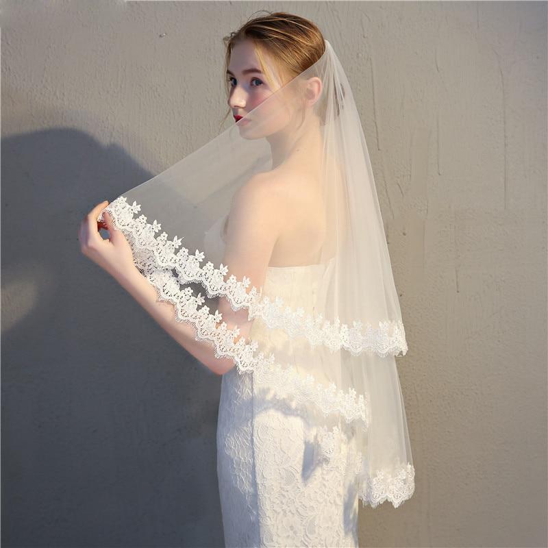 75CM Lace Edge Short Wedding Veil with Comb Two Layers Tulle Bridal Veil Short Wedding Accessories Veu de Noiva
