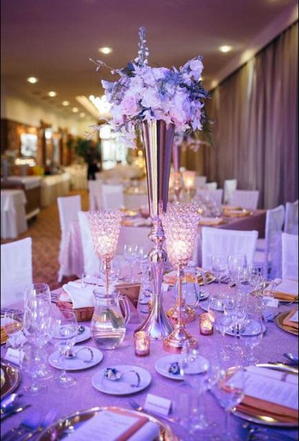 Artificial Tall Iron Stand Pillars Wedding Centerpieces Without