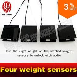 Vita reale room escape scala di peso prop mettere il peso sul correlati quattro scala sensori per sbloccare con apertura audio