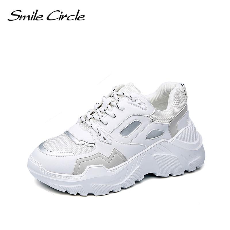 รอยยิ้มวงกลมผู้หญิงรองเท้าผ้าใบ wedges รองเท้า chunky platform รองเท้าผ้าใบผู้หญิงรองเท้าแฟชั่น Lace   up รองเท้าสีขาวเงิน 2019-ใน รองเท้ายางวัลคาไนซ์สำหรับสตรี จาก รองเท้า บน   1