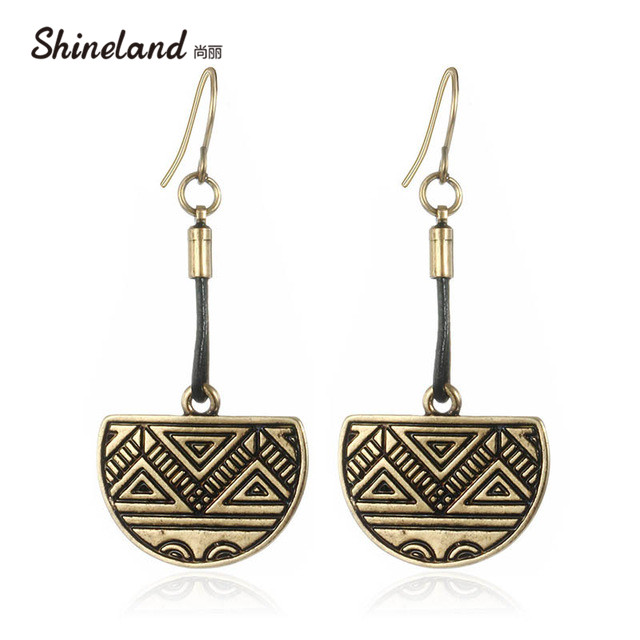 Retro Style Ethnic Leather Earring Vintage Half Round Carved Triangle Shaped Drop Earrings Fashion Women Jewelry Accessories