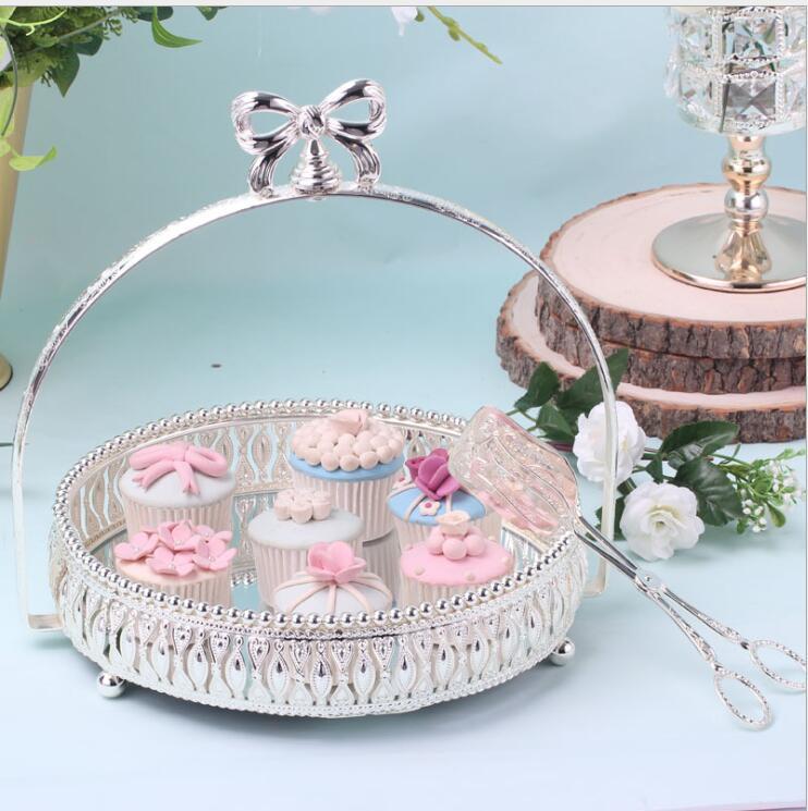 Mode Dia 27 cm argent rond support de gâteau en métal argent plateau à gâteaux en verre miroir plateau plateaux décoratifs pour mariage decorationDGP101