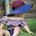Humor Oso Nuevo estilo 2016 del verano Pequeña flor rota conjunto de los bebés ropa fijada traje de algodón ropa de Niños ropa infantil