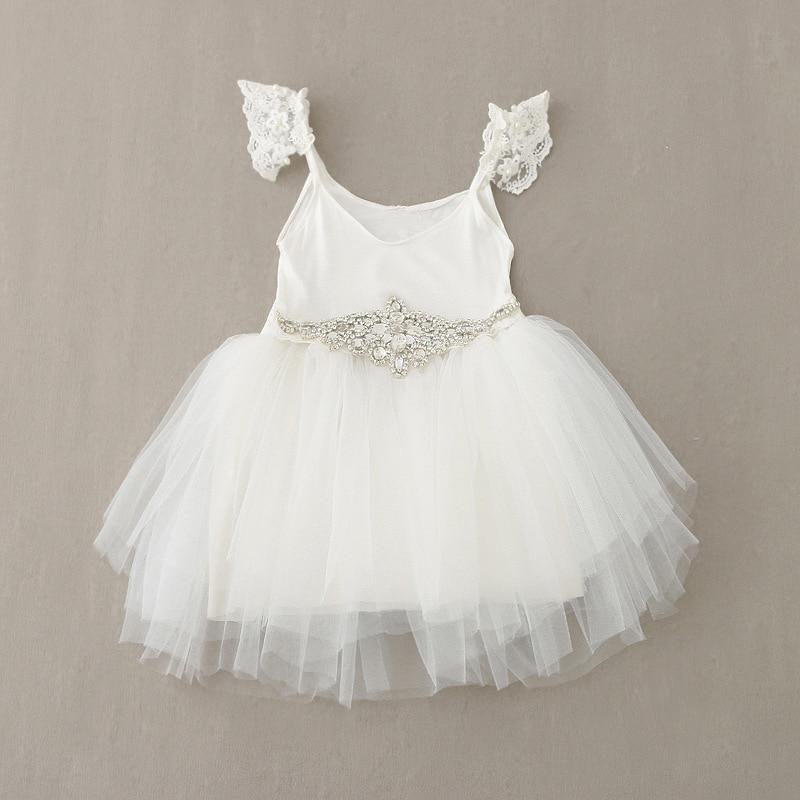 Novo Bebê Meninas Rendas de Fadas Vestido de Cintos De Cristal Princesa  vestido de Festa Vestido Casual Vestido de Verão de Varejo Por Everweekend 71490c92baf9a