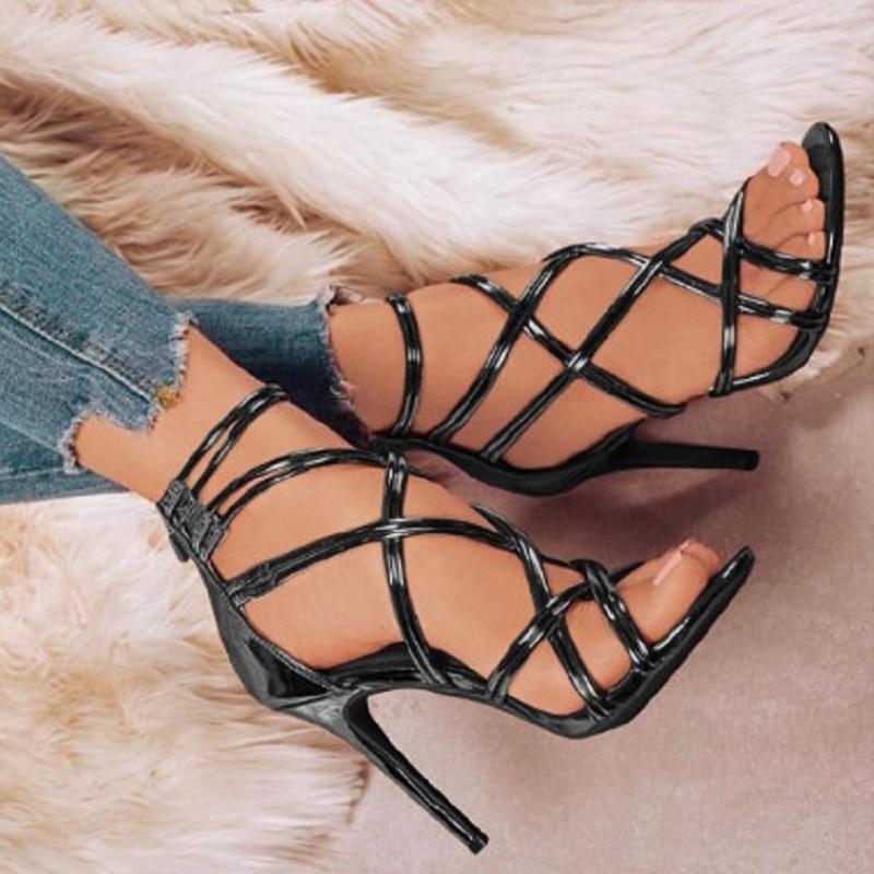 Sandale à talon en mode d'été