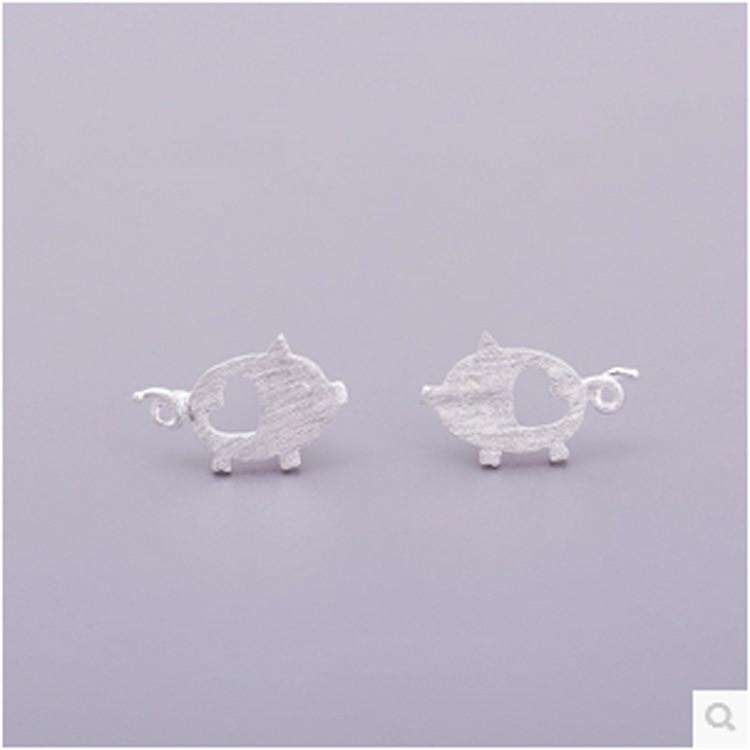 Shunyun Handmade Cute Heart Pig Stud Earrings For Women Men Animal Piercing Novelty Earrings Christmas Gift Bijoux Brincos