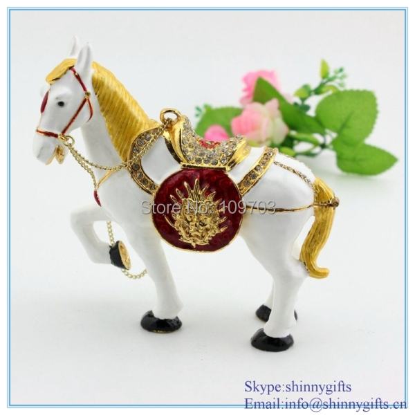 Enamel Trinket Box Horse Jewelry Box Metal Craft Pewter Materials
