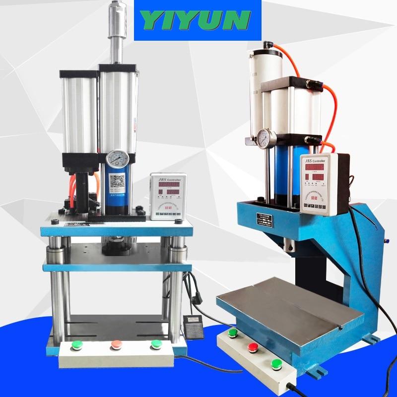La presse pneumatique de panneau de la presse trois de propulseur de gaz et de liquide de piliers de C typefour 1 T 2 T 3 T 5 T 10 T peut être adaptée aux besoins du client