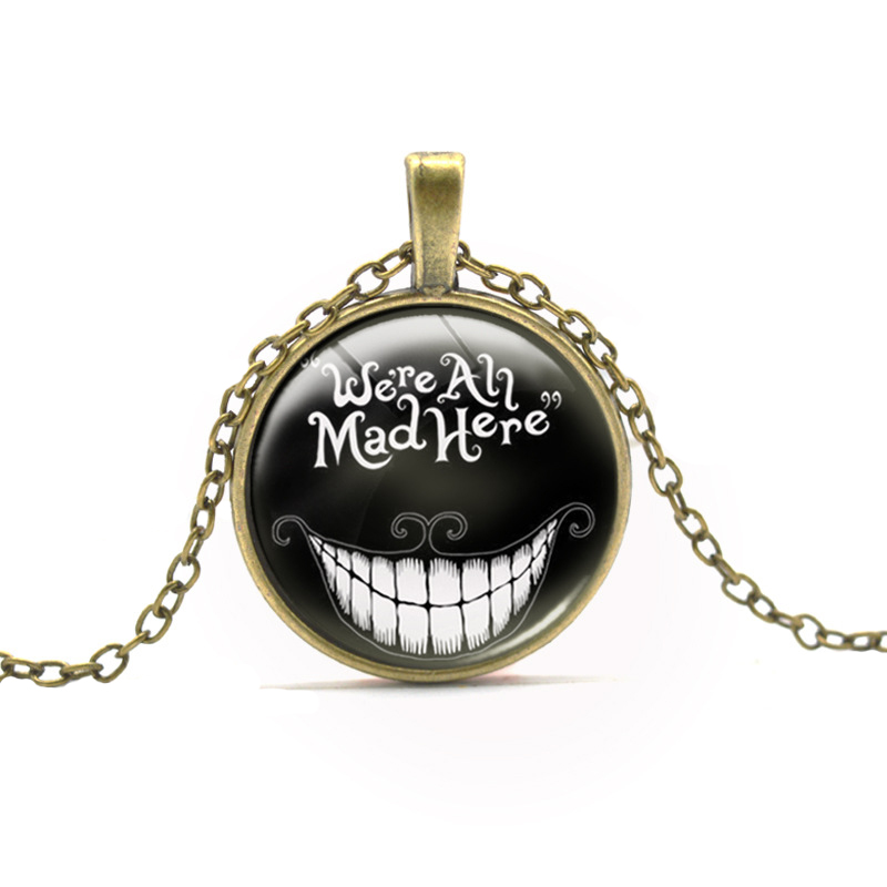 Brand Film Alices Adventures In Wonderland Cheshire Cat Smile Anime Glow In Dark Pendant Necklace Luminous Chokers For Boy Girl