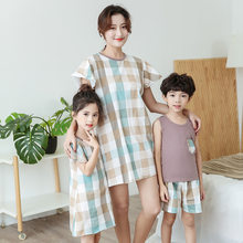 Holiday Family Matching Outfit Mother Daughter Son Matching Clothing Sets Grid Girl Dresses Summer Cotton Boys Sets Pajamas(China)