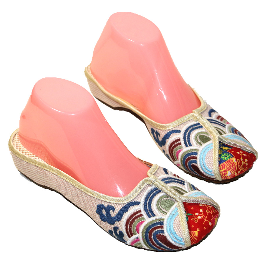 Ethnic Embroidered Women Slippers Ladies Wedges Slides Cotton Fabric Round Toe Canvas Mules Casual Pumps Shoe Propitious Clouds 1