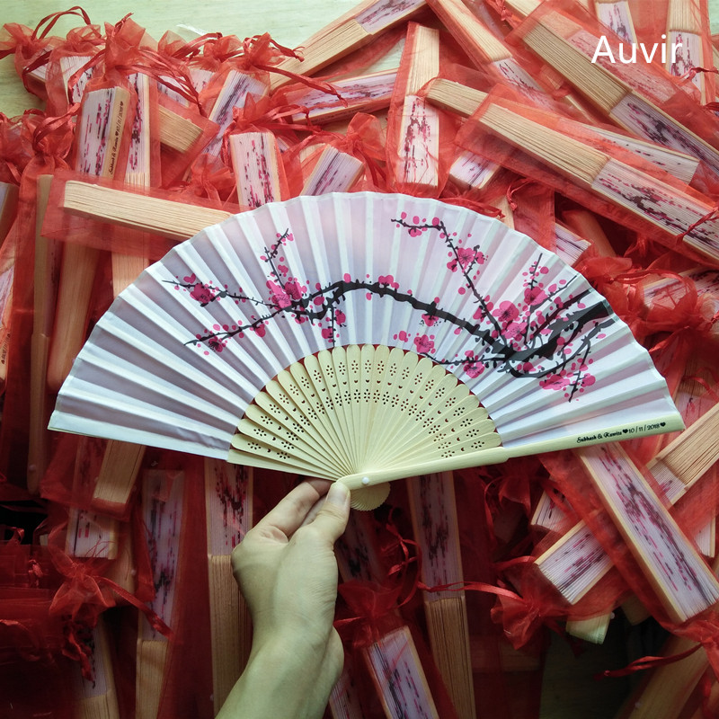 40pcs Personalized Wedding Hand Fan Plum Blossom Silk Hand Fan Favor Gift Customized Cherry Folding Fan