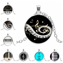 2019 New Heart-shaped Piano Love Pattern Pendant Round Glass Convex Keyboard Dome Demonstration Necklace Jewelry