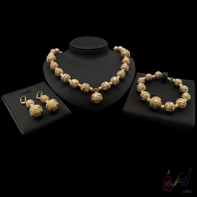 Yulaili with classic taste round shape golden jewelry sets in anniversary golden taste 250g