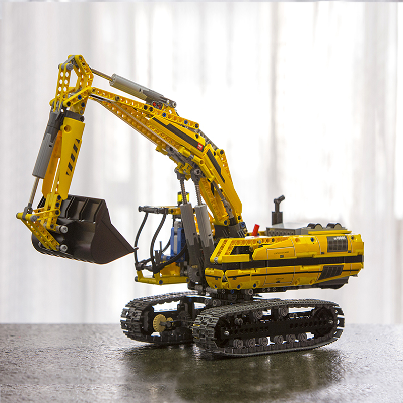 In Stock 20007 Technic Series MOTORIZED EXCAVATOR Building Blocks Electric Motors Power Functions Bricks Compatible 8043