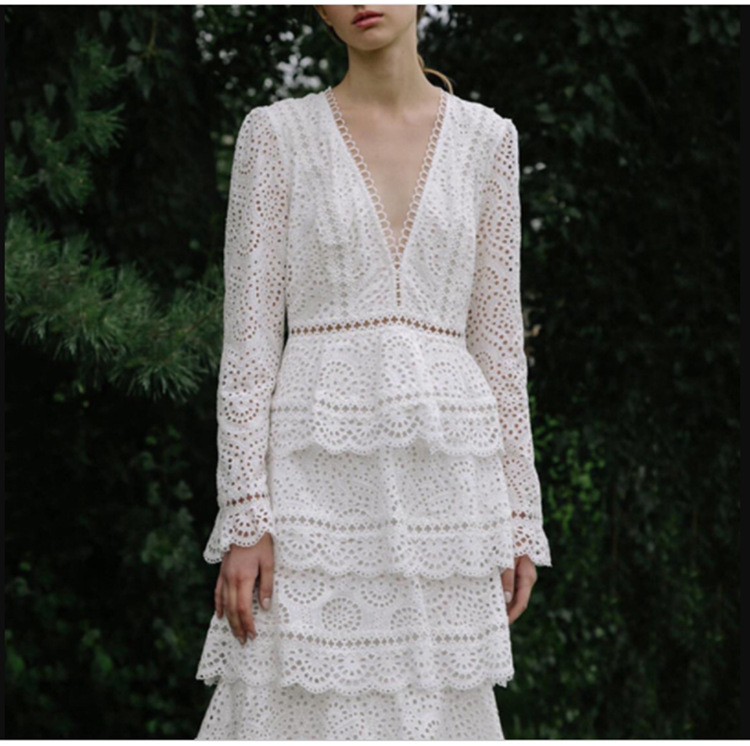2019 nouvelle arrivée de haute qualité piste de luxe blanc dentelle robe femmes à manches longues Sexy col en v robe de soirée robes - 2