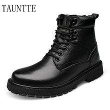 цена на Winter Keep Warm Plush Motorcycle Boots Men Black Genuine Leather Ankle Boots Fashion Martin Army Boots Plus Size