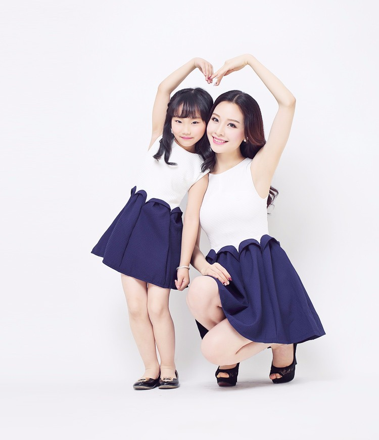 2b8176584d23 Mother and Daughter Dresses 2015 Fashion Elegant Mother Daughter Matching  Clothes Dress Family Style Mother and Daughter Dresses