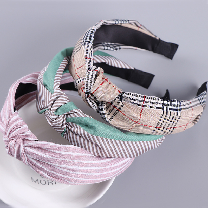 2018 Korean new adult plaid hair band fabric cross headband sports wash hair band headband hair accessories in Women 39 s Hair Accessories from Apparel Accessories