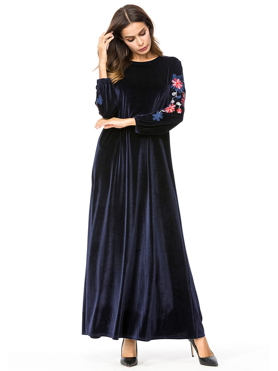 8fdac5202fd TUHAO Embroidered Velvet Autumn Winter Dress Women Simple Floral  Embroidered Muslim Long Robes Casual Maxi Dresses Femme TA7250