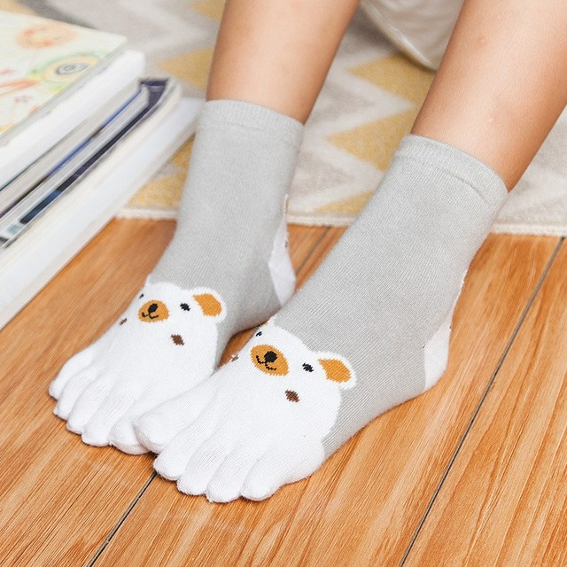 White 5 foot bear 5c64f4adcda0d