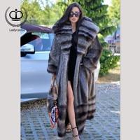 2018 New Arrival Full Pelt Long Real Raccoon Fur Coat With Big Hood Coat Fur Natural Women Overcoat Winter Fashion Luxury FC 150