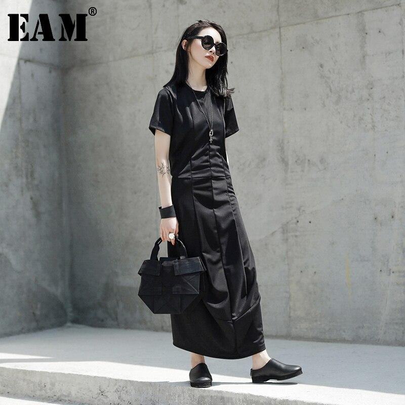 [EAM] 2020 New Spring Summer Round Neck Short Sleeve Black Loose Hem Vent Temperament Long Dress Women Fashion Tide JT538