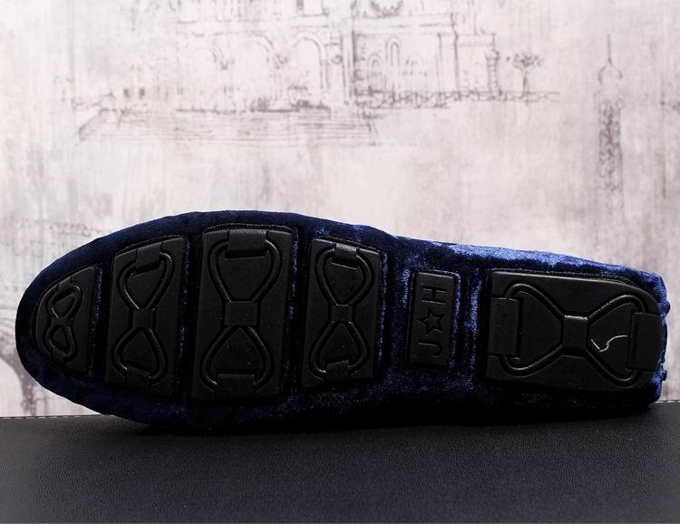 Nova Casual Homem Sapato azul Moda Da Sapatos Rebanho Errfc Deslizar Chegada Azuis Emboidered Britânico Tendência Homens Preto Conforto Loafer Sobre Tendências Do dpZSn6FqW