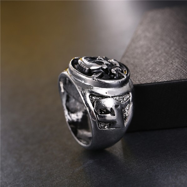 Anime One Piece Antique Silver Plated Pirates Skull Ring