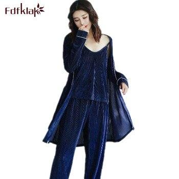 72db86ed0 Fdfklak estilo coreano invierno pijamas mujeres caliente terciopelo dorado  otoño pijamas set sexy 3 unidades pijama