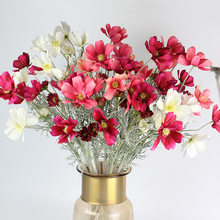15 Pieces(6 heads per pieces) High Quality Silk Flowers Chrysanthemum Home Decoration Flowers Daisy Decorative Flower Chamomile