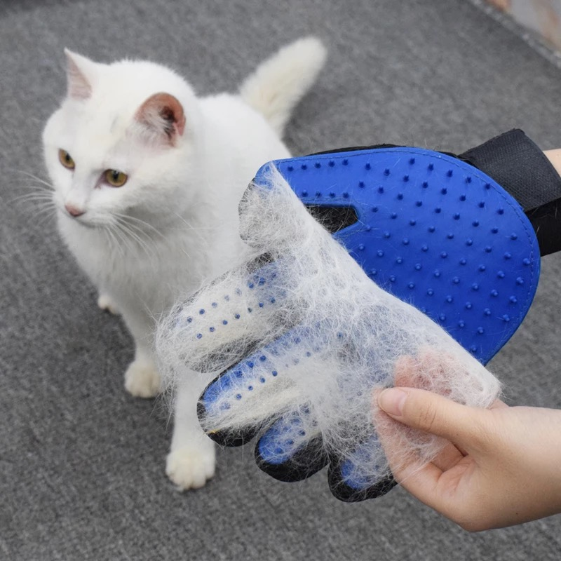 High-quality Cats Dogs Cleaning Massage Glove Soft Tpr Pet Hair Brush Grooming Comb Pet Accessories