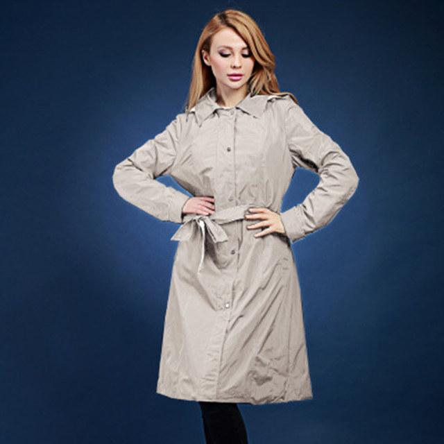 Mujeres trinchera abrigo de primavera y otoño de doble capa de diseño de impresión larga trinchera informal abrigos Europa y Rusia, más tamaño 48-58 V551
