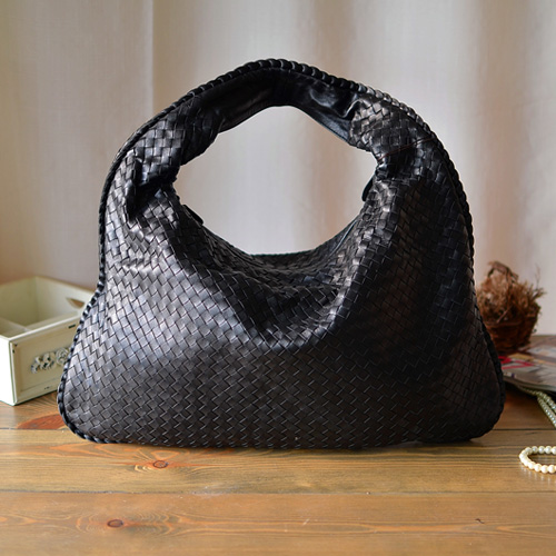 Fashion high quality handmade woven bag sheepskin genuine leather elegant personalized women's handbag cross-body handbag