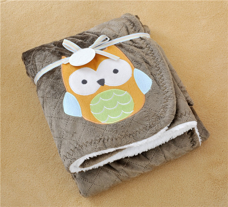 fashion carters Europe Baby children`s rabbit owl car flower Pattern blanket cartoon Be hold Air conditioning Knee blanket