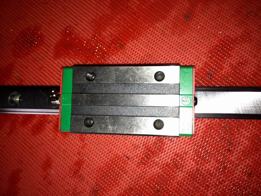 100% genuine HIWIN linear guide HGR35-1100MM block for Taiwan 100% genuine hiwin linear guide hgr35 450mm block for taiwan