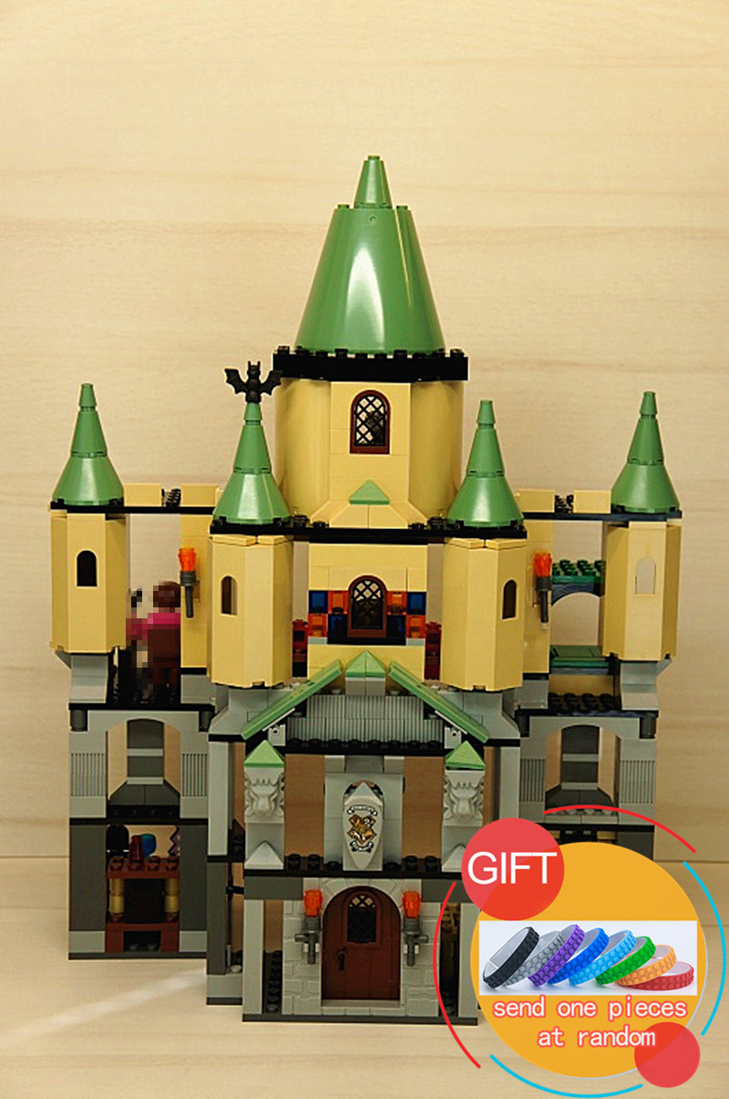 16029 1033Pcs Movie Series The magic hogwort castle set Educational Building blocks Model Gift Compatible with 5378 toys lepin