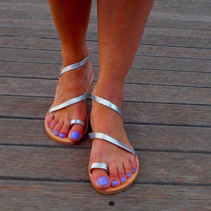 Neue 2019 Einfache Frau Niedrigen Ferse Sandalen Mode Sommer Frauen Strand Sandalen Für Weibliche Damen Gladiator Flache Schuhe Rom Stil Frauen Sandalen