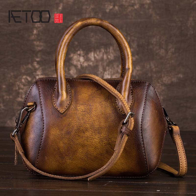 AETOO New personality creative leather handbags first layer of leather retro hand-bag shoulder bag large women aetoo the new first layer of leather handbags leather lingge shoulder bag retro cowardly messenger bag female small square bag