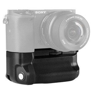 Image 1 - Meike MK A6300 Verticale Multi Power Battery Grip Mano per Sony A6300 A6000 A6400 di lavoro Della Macchina Fotografica con 1 o 2 NP FW50 batteria