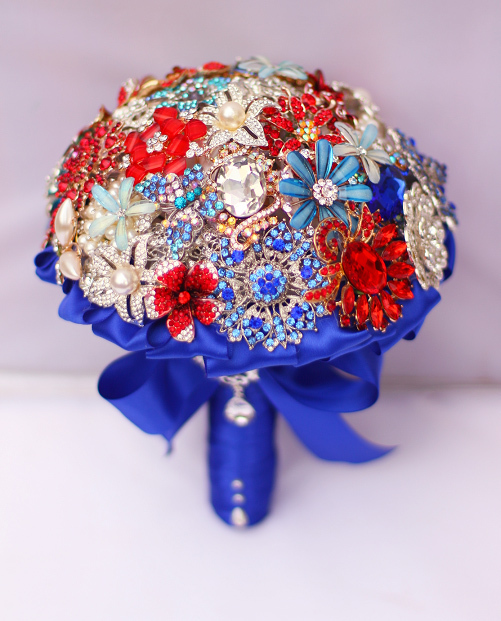 Red And Blue The Collision Jewelry Holding Flowers Bride Wedding Brooch Bouquet For Special In Bouquets From Weddings