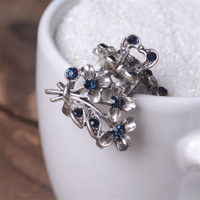 Vintage Flowers Hair Clip Ancient Silver Metal Hair Claws For Women Hair Jewelry Rhinestone Crab Clip Wedding Hair Accessories in Hair Jewelry from Jewelry Accessories