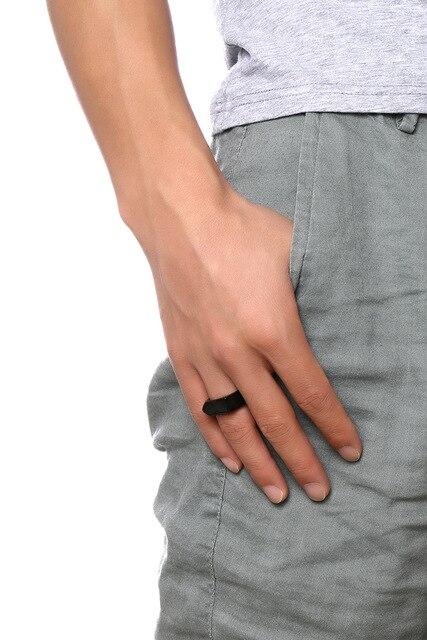 модные черные золотые серебряные кольца из нержавеющей стали фотография