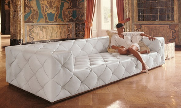 Designer Chesterfield Sofa The A Clic Piece For