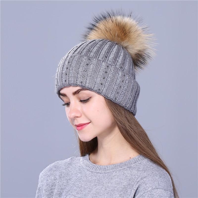 VIANOSI mujeres sombreros de lana femenina Invierno Casual marca Gorros  Mujer Invierno gruesa de punto chicas 78ef1c755ea