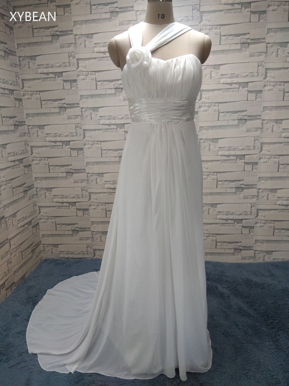 2017 New Free Shipping Halter Straps Handmade Flower Chiffon Beach White Ivory Wedding Dresses