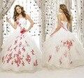 Blanco y rojo con cordones palabra de longitud vestidos vestidos de quinceañera 2015 vestidos de bola barato Quinceanera vestidos