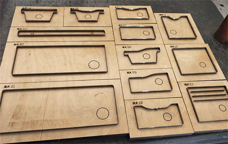 Molde de cuchillo de cuero de hoja de acero japonés multifunción cartera hueca cuchillo molde Plantilla de cuero herramienta de corte troqueles de madera-in Punzonado from Hogar y Mascotas    1