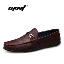 Купить с кэшбэком Handmade Soft Genuine Leather Casual Shoes Men Spring/Autumn Slip On Loafers Moccasins Rubber Men Shoes Dropshipping